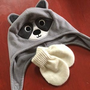 Baby raccoon winter hat and mittens